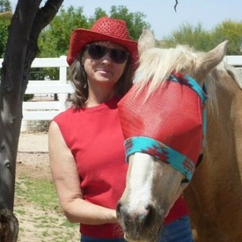 SFHM – 001 Colorful Equine with Renee McBride